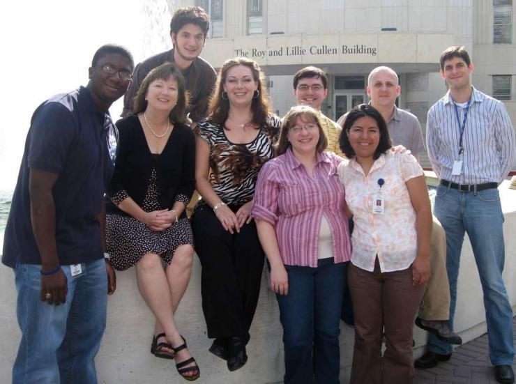 Left to right: Alex Brewer, Jr. (Pharmacology), Lynn Zechiedrich, Ph.D., Erol Bakkalbasi (rotation student, Molecular Virology and Microbiology), Michelle C. Swick (Cell and Molecular Biology), Kim Carlson (Verna and Marrs McLean Department of Biochemistr